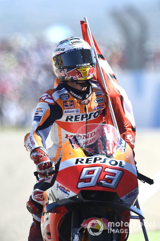 El ganador de la carrera Marc Marquez, Repsol Honda Team, gana