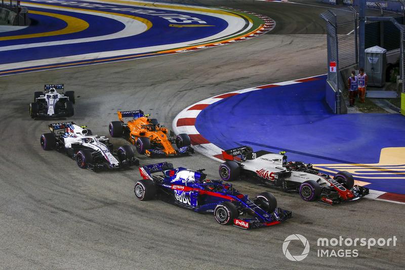 Brendon Hartley, Scuderia Toro Rosso STR13, Kevin Magnussen, Haas F1 Team VF-18, Sergey Sirotkin, Williams FW41 y Stoffel Vandoorne, McLaren MCL33