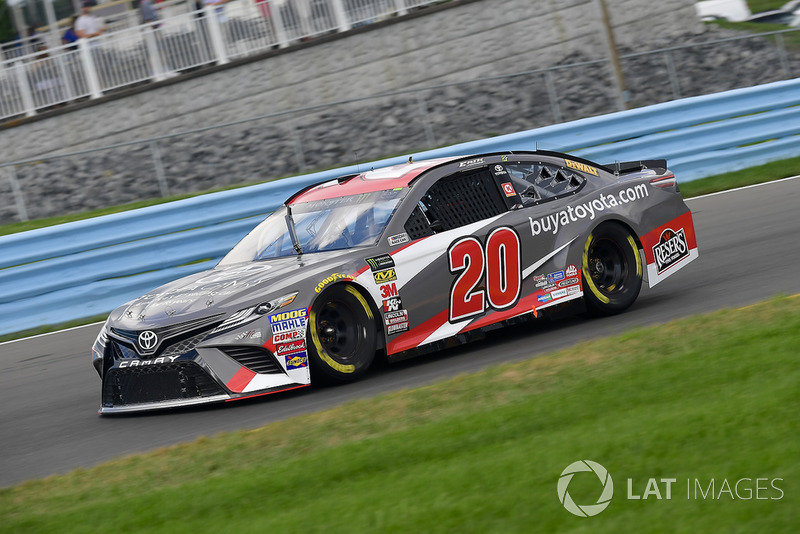 9. Erik Jones, Joe Gibbs Racing, Toyota Camry buyatoyota.com