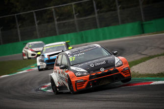 Martin Ryba, Brutal Fish Racing Team Volkswagen Golf GTI TCR