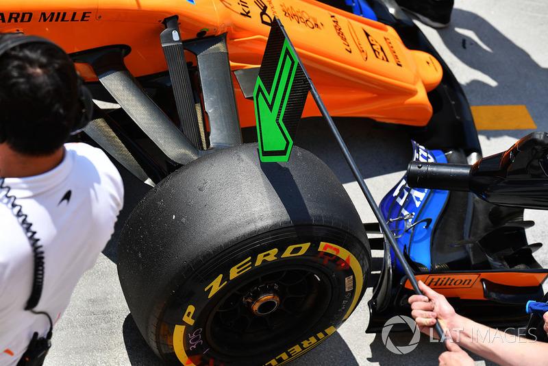 McLaren MCL33 front Pirelli tyre