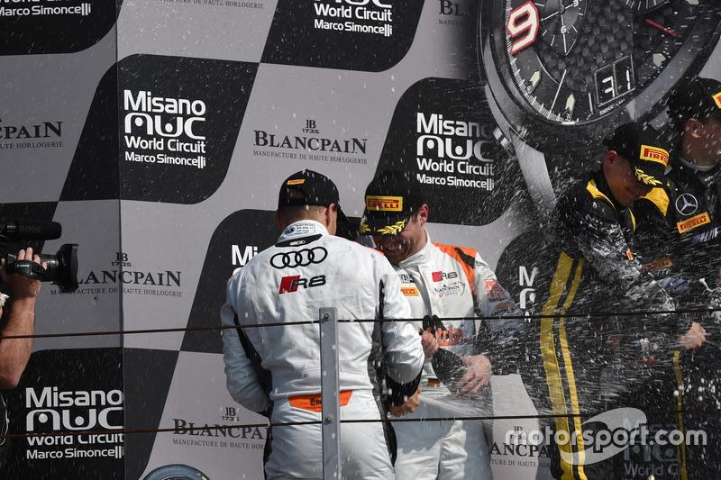 1. Hauptrennen, Silber-Kategorie: Markus Pommer, Nicolaj Möller Madsen, Audi R8 LMS, Phoenix Racing