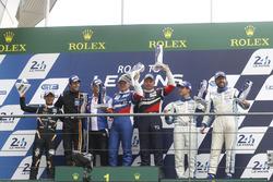 Podium GT3: les vainqueurs Aleksey Basov, Victor Shaitar, AF Corse, deuxième place pour Hiroshi Hamaguchi, Adrian Quaife-Hobbs, FFF Racing Team, third place Egidio Perfetti, Klaus Bachler, Mentos Racing