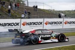 Nico Müller, Audi Sport Team Abt Sportsline, Audi RS 5 DTM nach dem Unfall mit Timo Glock, BMW Team RMG, BMW M4 DTM