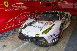 #62 Scuderia Corsa Ferrari 488 GTE: Cooper MacNeil, Bill Sweedler, Townsend Bell