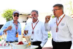 Alex Mea, Chase Carey, Formel-1-Chef und Ross Brawn, Sportchef Formel 1
