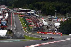 Kazuki Nakajima, Williams FW31 Toyota, Luca Badoer, Ferrari F60, Jarno Trulli, Toyota TF109, Rubens Barrichello, Brawn GP BGP001 Mercedes, Adrian Sutil, Force India VJM02 Mercedes