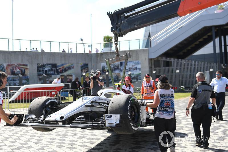 El cochce chocado de Marcus Ericsson, Sauber C37