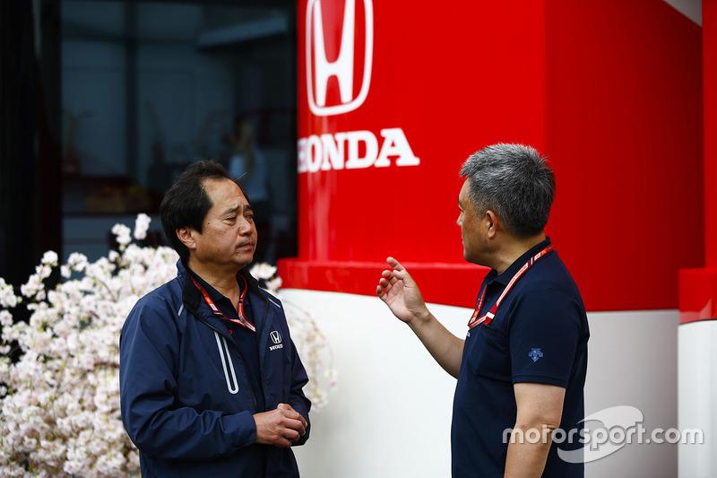 Технічний директор Honda F1 Тойохару Танабе, генеральний директор Honda Motorsport Масасі Ямамото