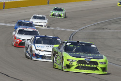 Ryan Blaney, Team Penske, Ford Mustang Fitzgerald Glider Kits and Kyle Larson, Chip Ganassi Racing, Chevrolet Camaro DC Solar