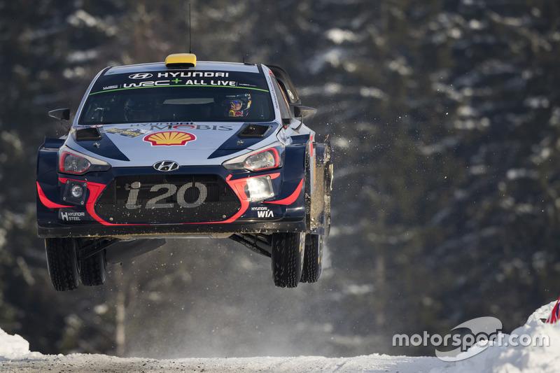 6. Андреас Міккельсен, Hyundai i20 WRC - 21 очко