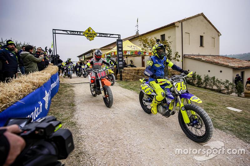 Ankunft auf der VR46-Motor-Ranch in Tavullia