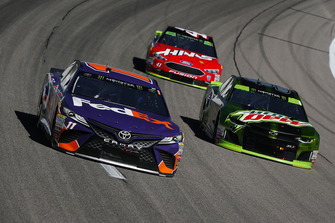 Denny Hamlin, Joe Gibbs Racing, Toyota Camry FedEx Office, Chase Elliott, Hendrick Motorsports, Chevrolet Camaro Mountain Dew, and Kurt Busch, Stewart-Haas Racing, Ford Fusion Haas Automation/Mobil 1
