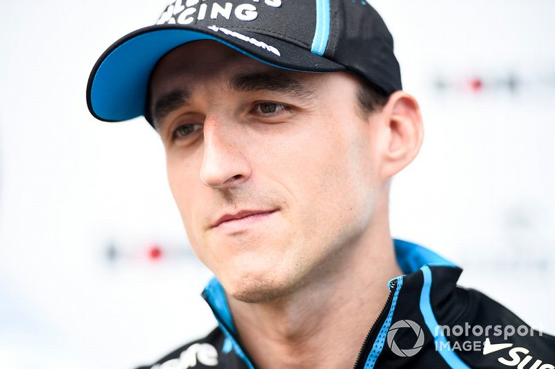 Robert Kubica, Williams Racing, parle à la presse