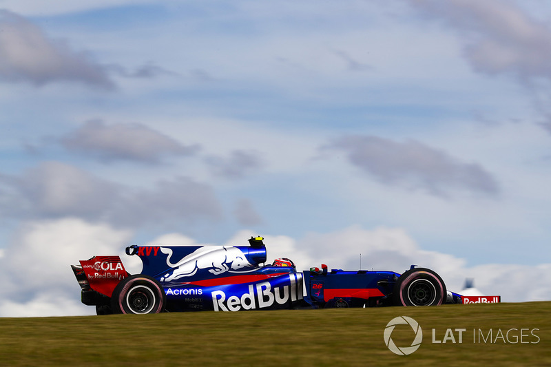 11. Daniil Kvyat, Scuderia Toro Rosso STR12