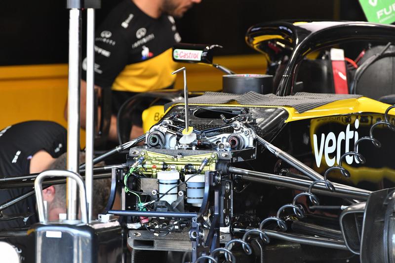 Detalle de la suspensión frontal del Renault Sport F1 Team R.S. 18