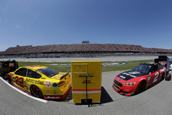 Joey Logano, Team Penske, Ford Fusion Shell Pennzoil Brad Keselowski, Team Penske, Ford Fusion Snap on