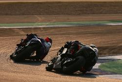 Маверик Виньялес, Yamaha Factory Racing, и Скотт Реддинг, Aprilia Racing Team Gresini