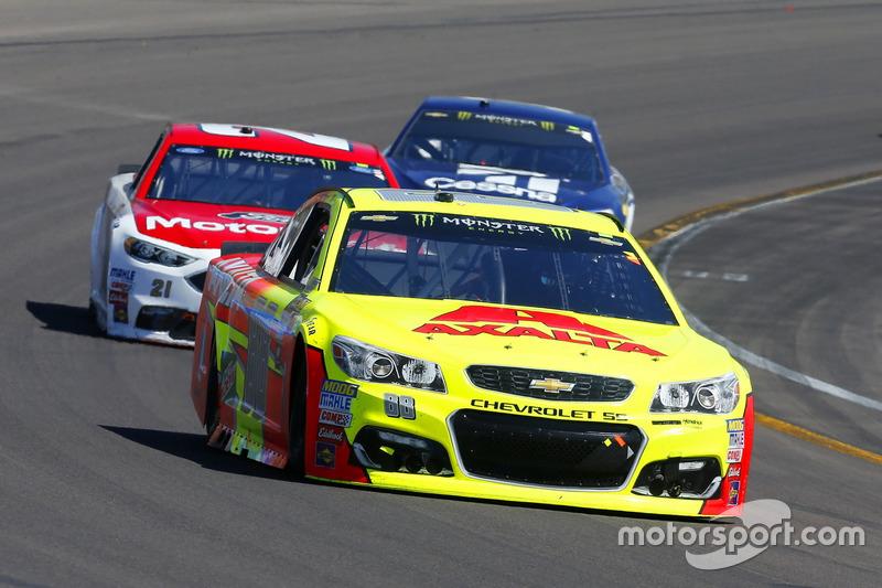 Dale Earnhardt Jr., Hendrick Motorsports, Chevrolet; Ryan Blaney, Wood Brothers Racing, Ford