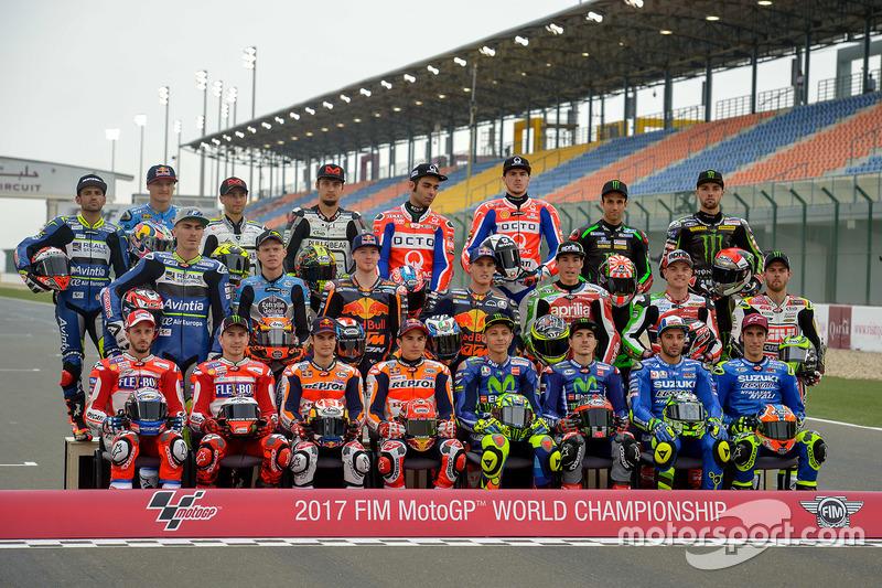 Foto de grupo de todos los pilotos 2017