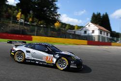 #77 PROTON Competition, Porsche 911 RSR: Christian Ried, Matteo Cairoli, Joel Camathias
