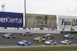 Danica Patrick, Stewart-Haas Racing Ford, Aric Almirola, Richard Petty Motorsports Ford