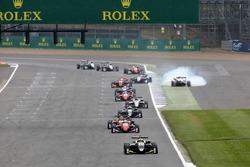 Lando Norris, Carlin, Dallara F317 - Volkswagen leads, Nikita Mazepin, Hitech Grand Prix, Dallara F317 - Mercedes-Benz spins