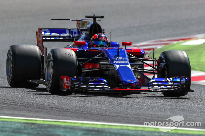9. Daniil Kvyat, Scuderia Toro Rosso STR12