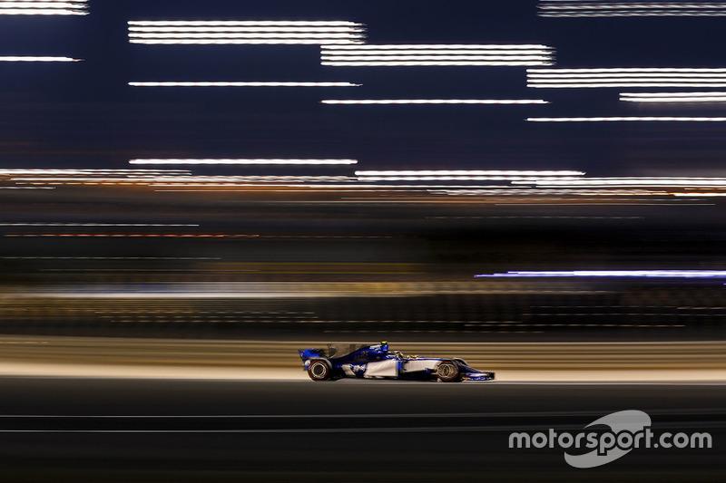 Primeiro, Pascal Wehrlein, que estreava em qualis pela Sauber, conseguiu a 13ª posição, superando bastante seu companheiro de equipe Marcus Ericsson.