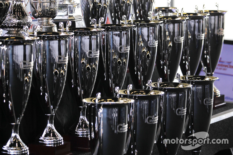 Silverstone Classic trofeos