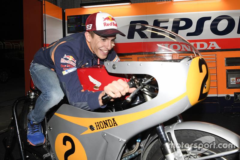مارك ماركيز، ريبسول هوندا ودراجة هوندا آر.سي181