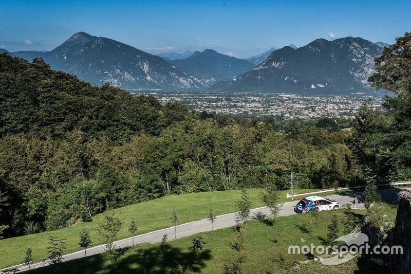 Paolo Andreucci e Anna Andreussi, Peugeot 208 T16, Peugeot Sport Italia