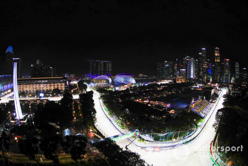 Вторая тренировка Гран При Сингапура