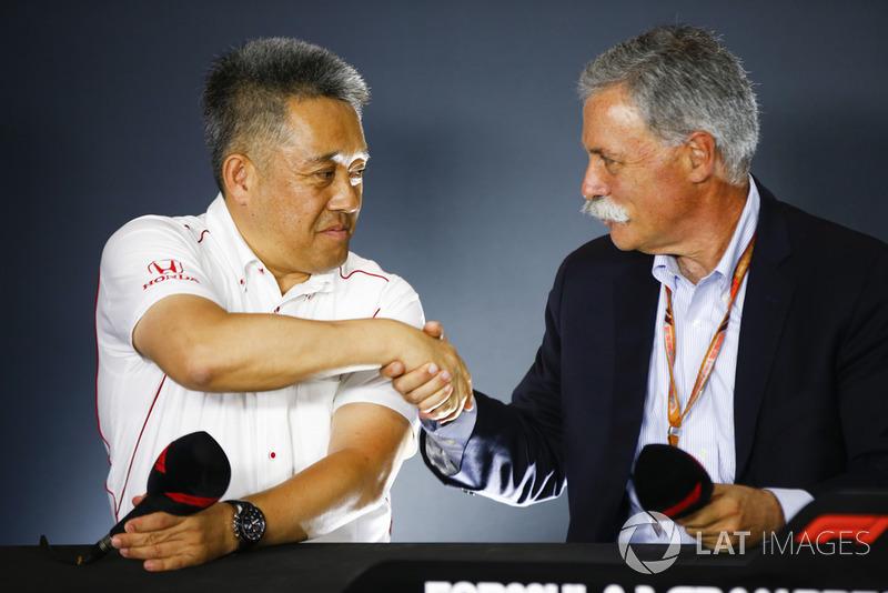 Генеральний директор Honda Motorsport Масасі Ямамото, керівник Ф1 Чейз Кері