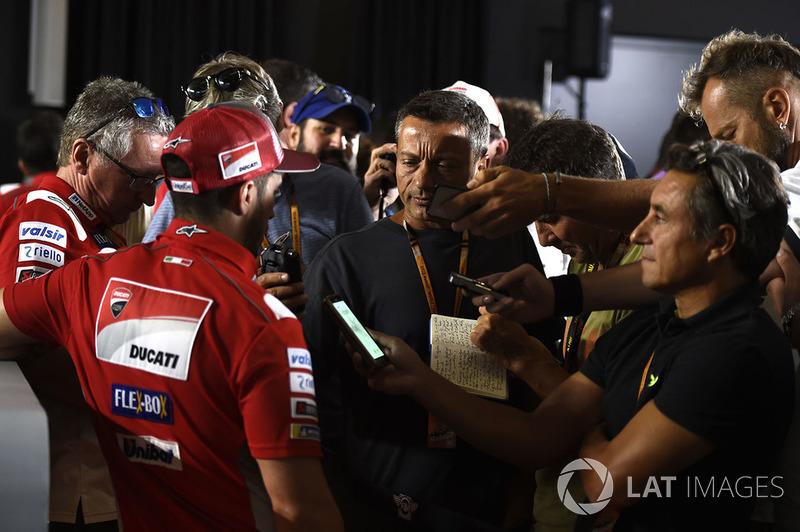 Andrea Dovizioso, Ducati Team, press scrum