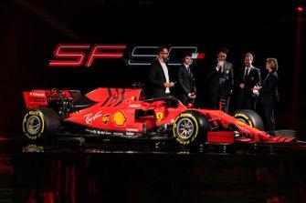 Charles Leclerc, Ferrari, Sebastian Vettel, Ferrari, Mattia Binotto, director de Ferrari Team