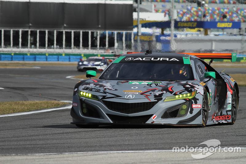 35.- #86 Michael Shank Racing Acura NSX, GTD: Katherine Legge, Alvaro Parente, Trent Hindman, A.J. Allmendinger