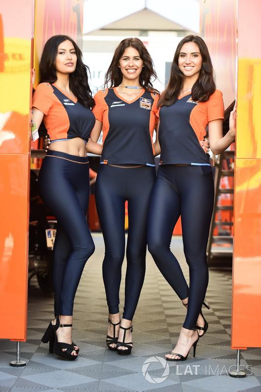 Девушки KTM