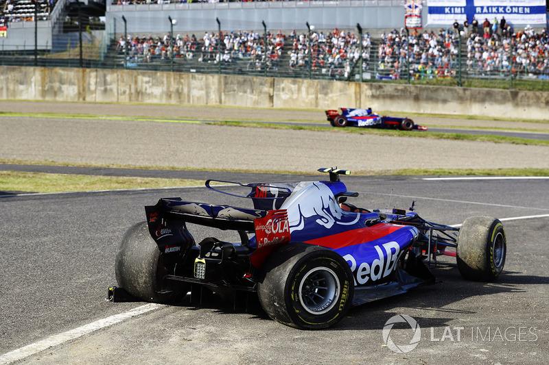 Сход. Карлос Сайнс, Scuderia Toro Rosso