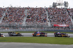 Nico Hulkenberg, Renault Sport F1 Team RS17, Daniil Kvyat, Scuderia Toro Rosso STR12, Fernando Alonso, McLaren MCL32, Carlos Sainz Jr., Scuderia Toro Rosso STR12, Romain Grosjean, Haas F1 Team VF-17, Jolyon Palmer, Renault Sport F1 Team RS17