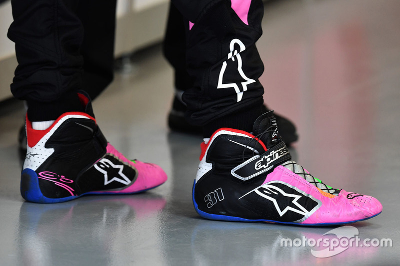 Boots of Esteban Ocon, Sahara Force India F1