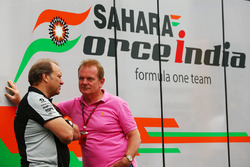 Robert Fernley, Sahara Force India F1 Team, mit Jonathan Palmer