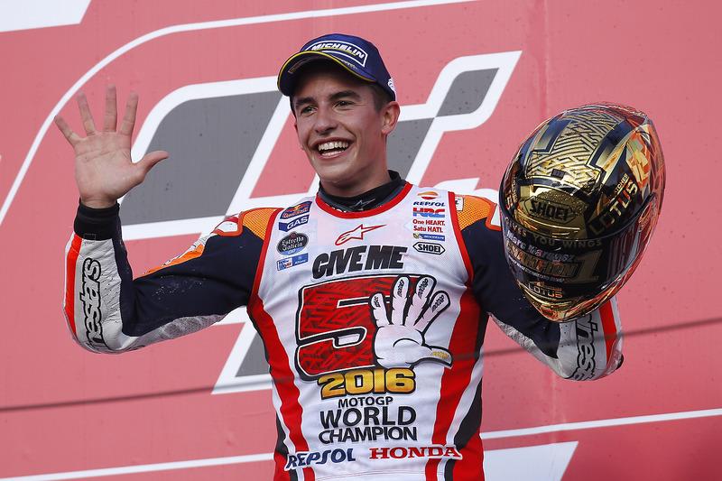 Márquez podría ser campeón del mundo de MotoGP este fin de semana en Japón, donde ya ganó el título en 2016 de forma sorprendente al irse al suelo los dos únicos pilotos que podían impedirlo, Rossi y Lorenzo.