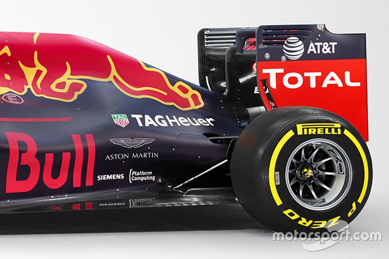 Red Bull Racing RB12 mit Aston Martin - Logo
