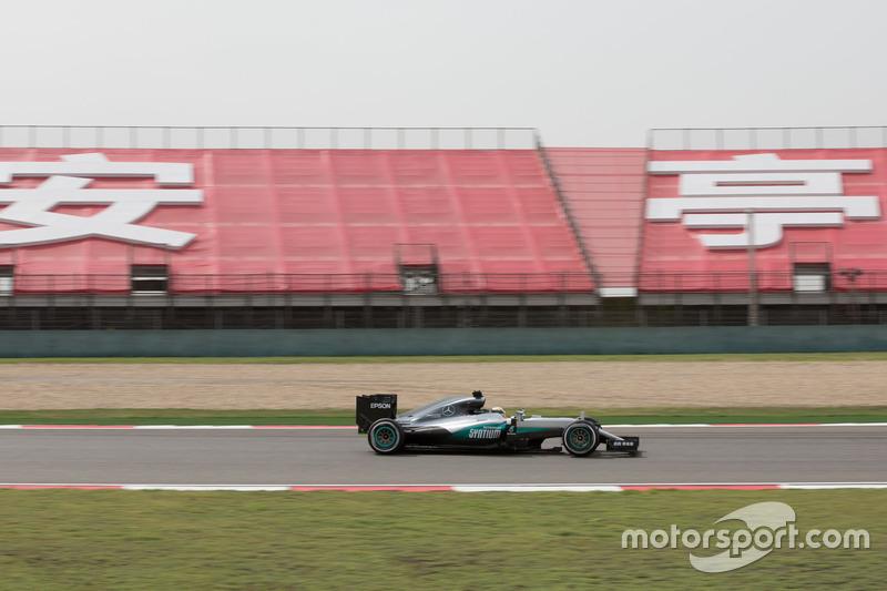 Lewis Hamilton  Mercedes F1 W07 Hybrid