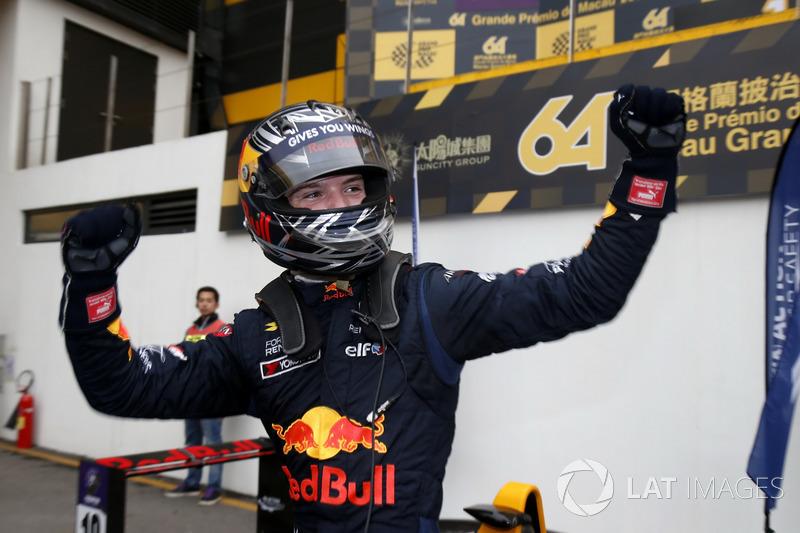 Переможець Ден Тіктем, Motopark with VEB, Dallara Volkswagen