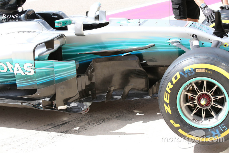 Mercedes W08: Windabweiser