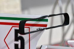 Ferrari SF70H: T-Flügel