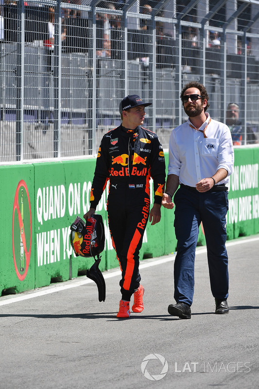 Max Verstappen, Red Bull Racing and Matteo Bonciani, FIA Media Delegate in parc ferme