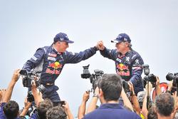 Winnaars Dakar 2018: Carlos Sainz, Lucas Cruz, Peugeot Sport